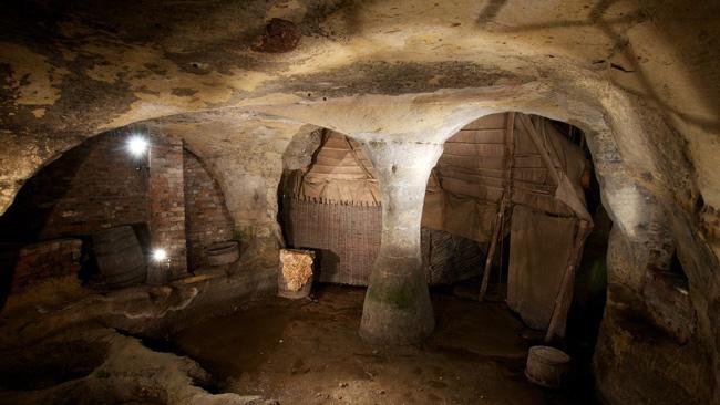 Nottingham-cave--Experience-Nottinghamshire
