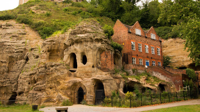 nottingham-caves---Paul-Turner