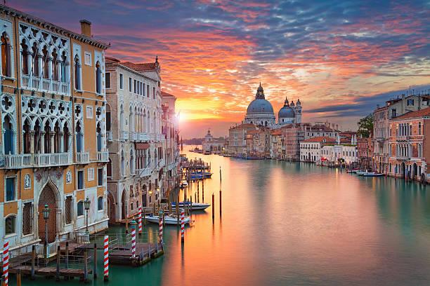 Image of Grand Canal in Venice, with Santa Maria della Salute Basilica in the background.